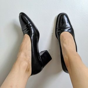 Gucci Classic Black Leather Block Heel Pumps